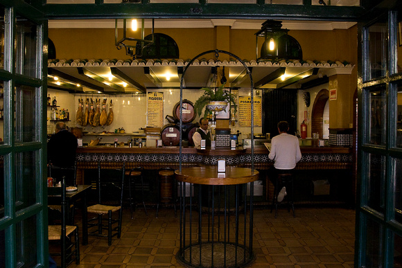 Little tapas bar in Sevilla